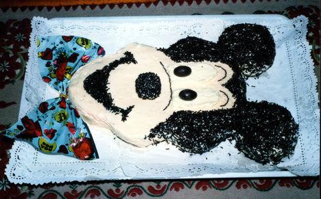 Mikiegér torta