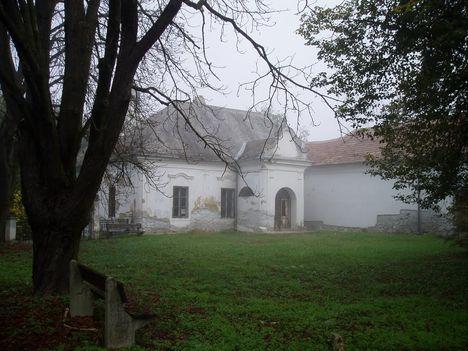 Benczúrfalva, Benczúr-kastély