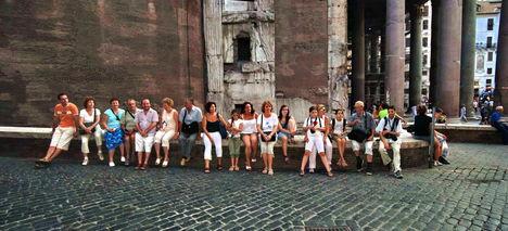 Csapatunk a Pantheon oldalában