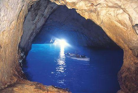 Kék-barlang