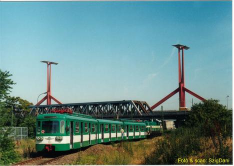 Lágymányosi híd a csepeli hévvel
