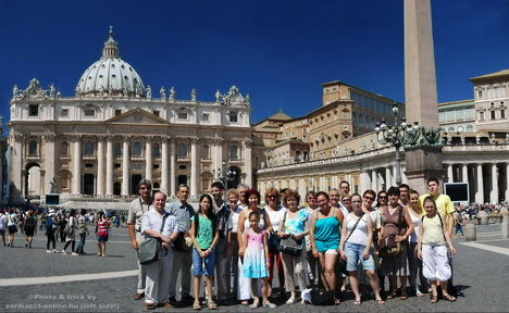Társaságunk a Szt.Péter téren