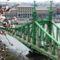 tavasz a Szabadság-híd felett