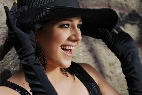 Tóth Gabi kalapban