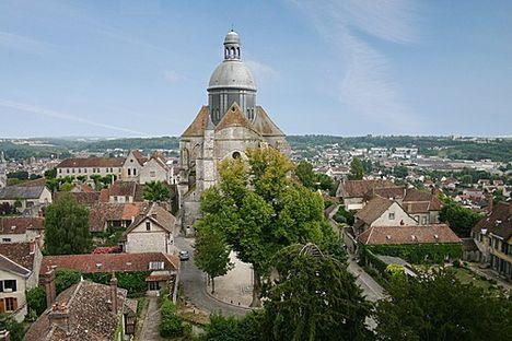 Kör- négyzet- és kereszt alakú templomok 13