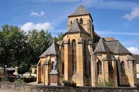 Kör- négyzet- és kereszt alakú templomok 28
