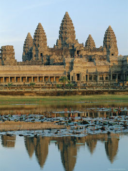 Kör- négyzet- és kereszt alakú templomok 35