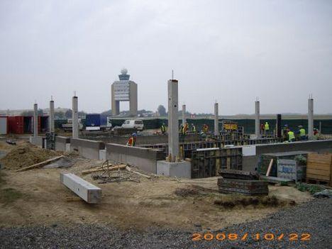2008. ősz  az új transzformátorállomás vázszerkezete