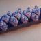 kék lila bogyós karkötő