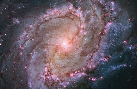 M83 spirálgalaxis