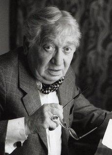 Csákányi László (2)