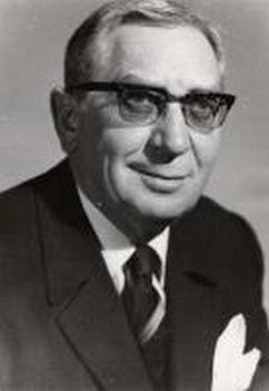 Csákányi László (3)