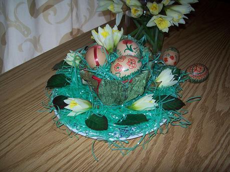 Kellemes Húsvéti Ünnepeket  kívánok   Katerina klubvezető