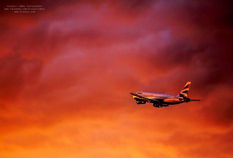 Budapest Ferenc Liszt International Airport - Gyönyörű naplemente (Rizsavi's Photo Blog)