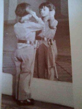 Lakatos Gabriella 5 évesen Lakner bácsi színházában