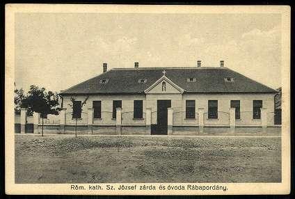 A régi óvoda egy képeslapon