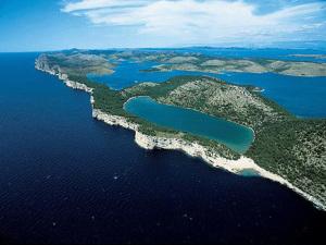 Zadar horvát tengerpart kiadó tengerparti apartmanok nálunk 3