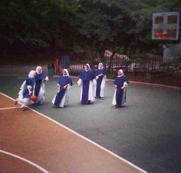 Sportoló apácák