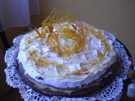 Stolverk szelet torta :)