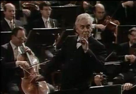 Herbert Von Karajan vezényel 1