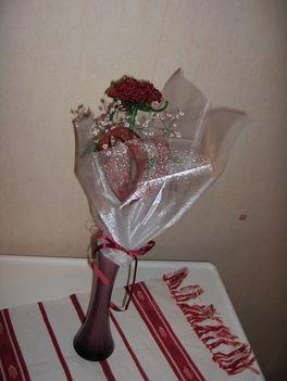 piros rózsacsok Gáb