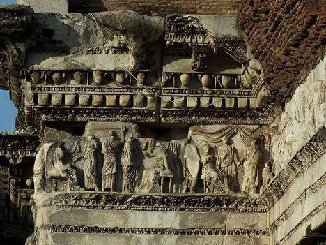 Fori Imperiali_Tempio di Minerva al Foro Transitorio