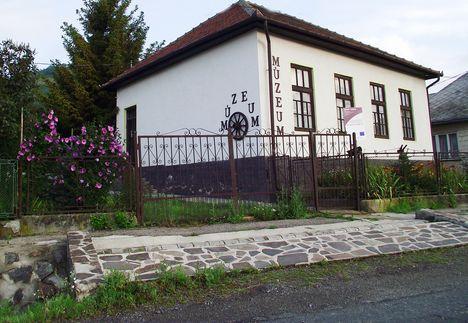 Pusztafalu  Falumúzeum