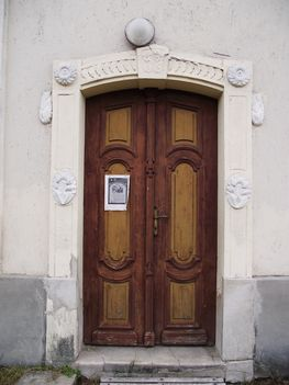 Pusztafalu  Református templom bejárat