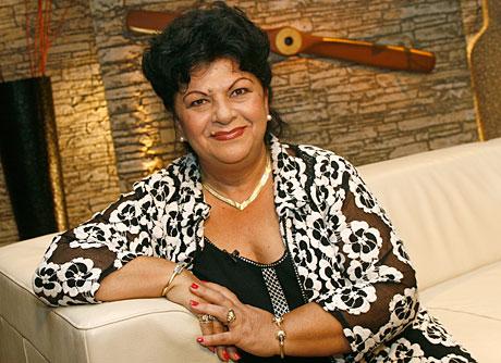 Bangó Margit (2)