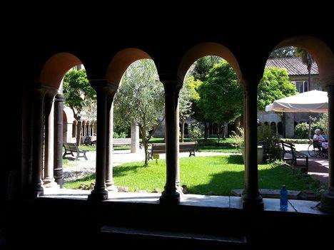 San Cosimato Trastevere kerengő2