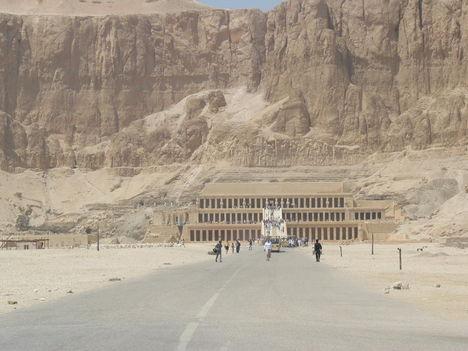 A templom - Hatsepszut