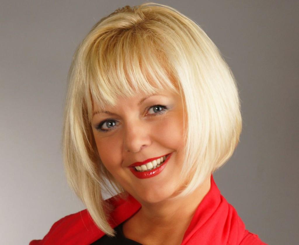 Nagy Ibolya szerkesztő-műsorvezető, énekművésznő