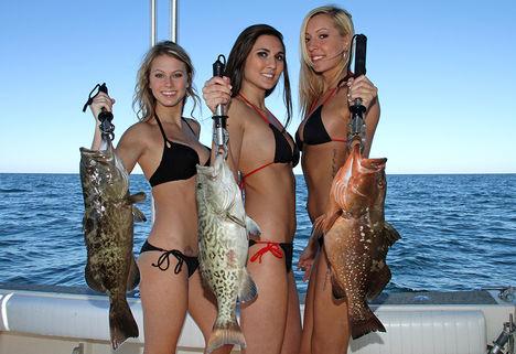 Sporthorgász csajok-halak-0815