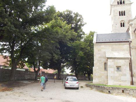 A felújított templom Lébényben-01