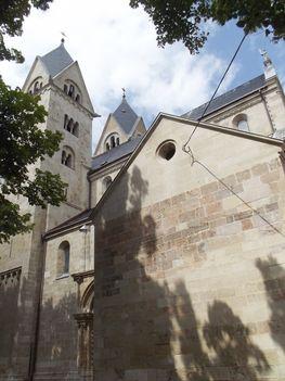 A felújított templom Lébényben-02