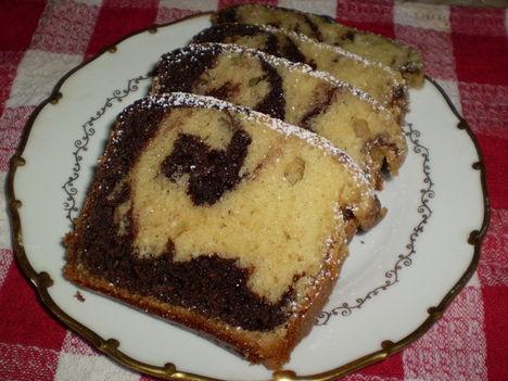 Kakaós kevert sütemény