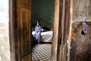 Egyiptomban legalább másfélmillió ember él a holtak között