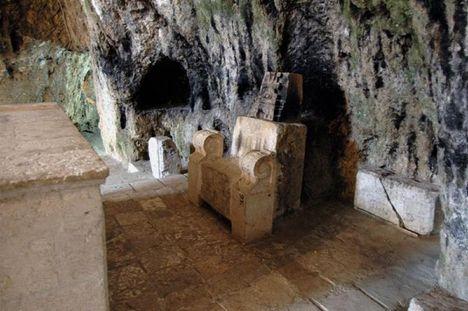 Péter trónja a törökországi Antakya-ban