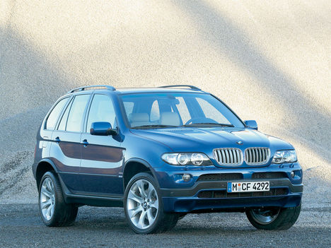 06bmw-x5-48is-01