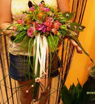 Rózsaszín menyasszonyi