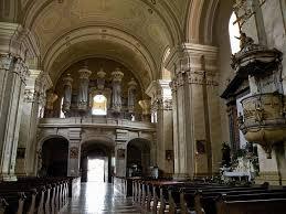 Máriaradna templom belső
