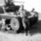 Magyar-katona-egy-M3-as-Stuart-harckocsival