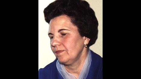 ZEISKY  IRMA  1918  -  2008 ..