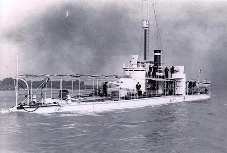 a Lajta - Leitha monitorhajó a dunán