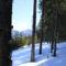 A hó még mindig uralja a tájat