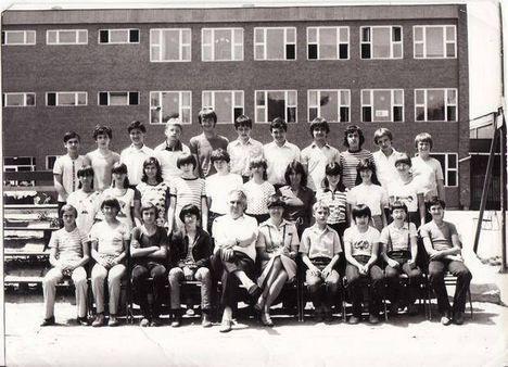 iskolás csoportkép