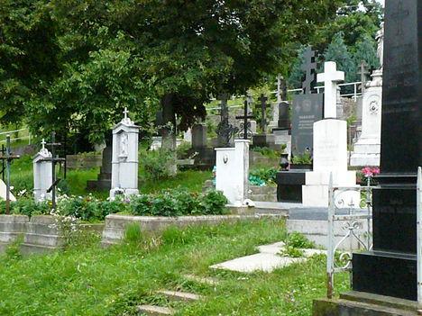 Munkács - Csernekhegyi kolostor temető