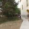 Tereprendezés a templom és a plébánia udvarán 4