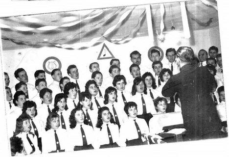 1962. február, énekkaros bál