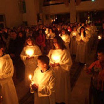 Nagyszombat-Húsvét vigíliája